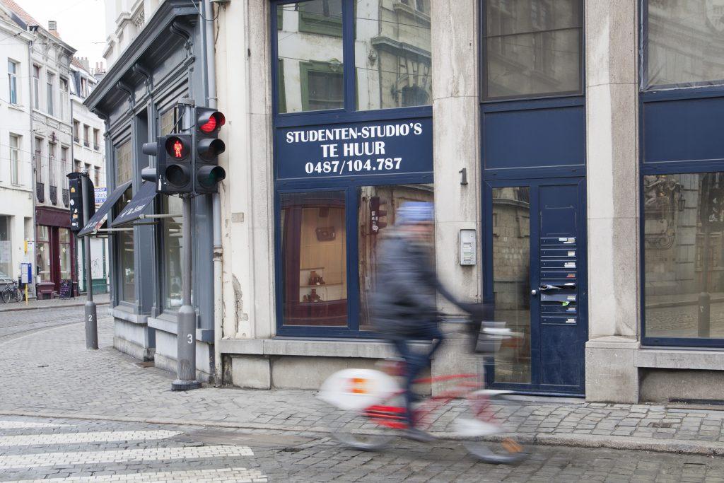 Evdj 376302 studentenkoten te huur, kruispunt Sint-Katelijnevest met Kipdorp, themabeeld studeren in Antwerpen